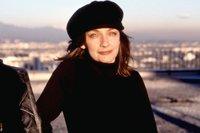 portrait Lynne Stopkewich